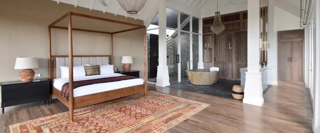 Worldwide furniture - interior fitout
